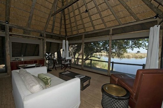 Wilderness Safaris Kings Pool Camp: Each Room at Kings Pool Overlooks the Channel