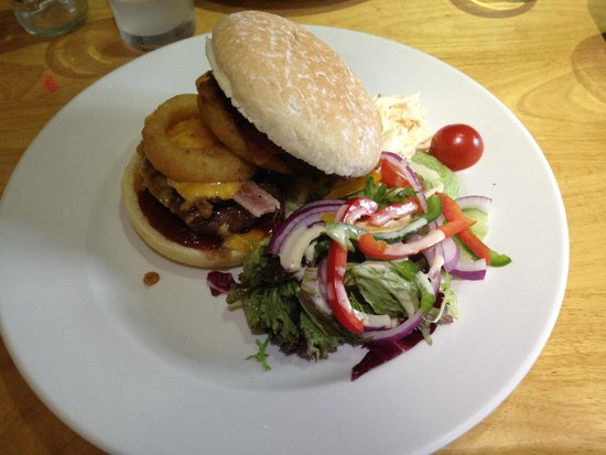 The Steam Inn: The exceptionally good burger!