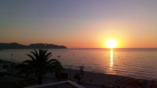 Protur Playa Cala Millor Hotel: Sun rise
