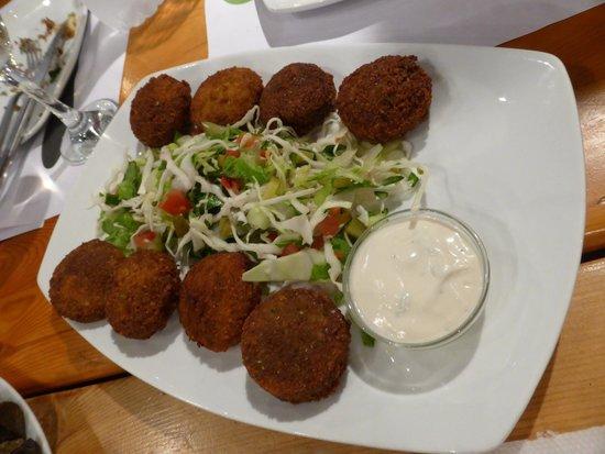 Lemoni Grill House: Falafel
