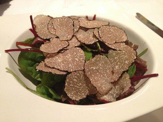 Le Relais des Semailles: サマートリュフのサラダ
