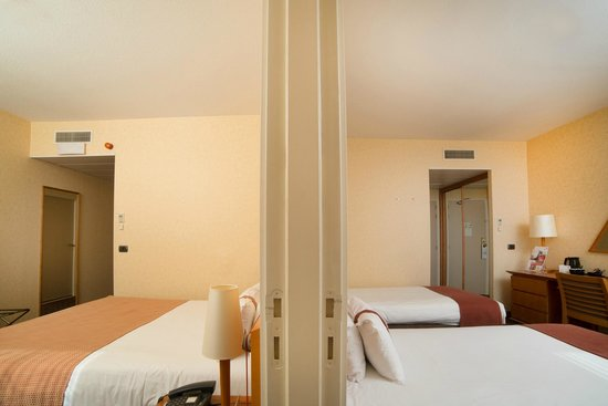 Holiday Inn Gent Expo: Connecting guest rooms available on request
