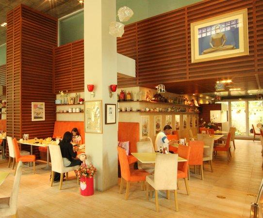 Caza V1 Serviced Apartment : Restaurant