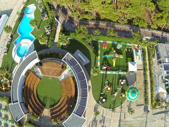 Beach Village Hotel Astor ***
