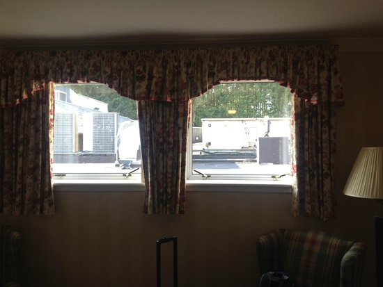 Macdonald Crutherland House: Cheap booking gets you a cheap view... What did we expect...