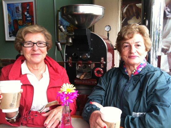 Sidamo Coffee &  Tea: My grandmother and great aunt are coming to visit me more often just to come here!