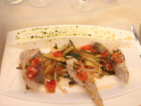 Aux Tours De La Perot (Maître Restaurateur) : Trilogie de poissons