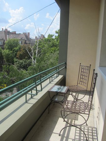 Mamaison Hotel Andrassy Budapest: Balcony on our room