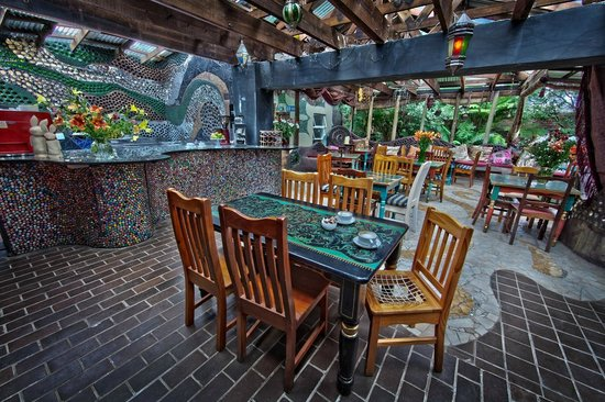 The Rabbit Hole Hotel: Patio Dining Area