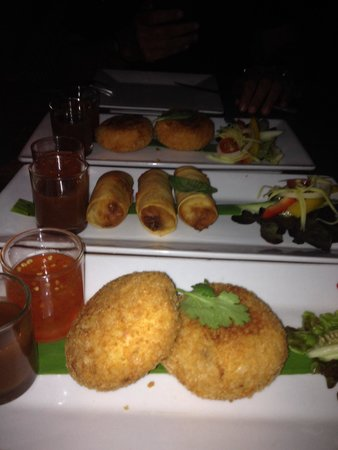 Fisherman's Restaurant & Bar: Fish cake e spring rolls