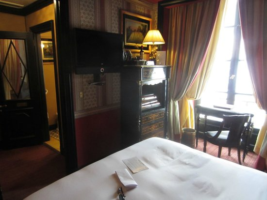 L'Hotel: Lovely fittings with modern facilities