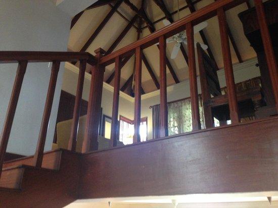 Vivanta by Taj - Green Cove : Stairs