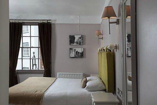 The Globe: Stylish bedrooms