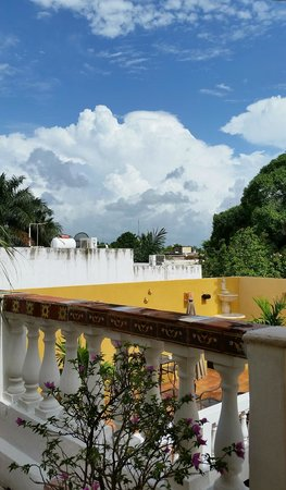Hotel del Peregrino: Skies of Merida