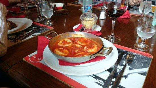 Parrillada Trouville: Pasta in a pan