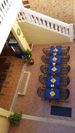 Hotel del Peregrino: Breakfast Lounge