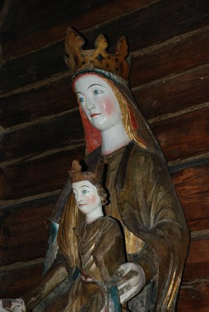 Hedalen Stave Church: Statue of the Virgin Mary