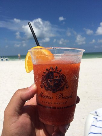 Marco Beach Ocean Resort: Happiness on the beach