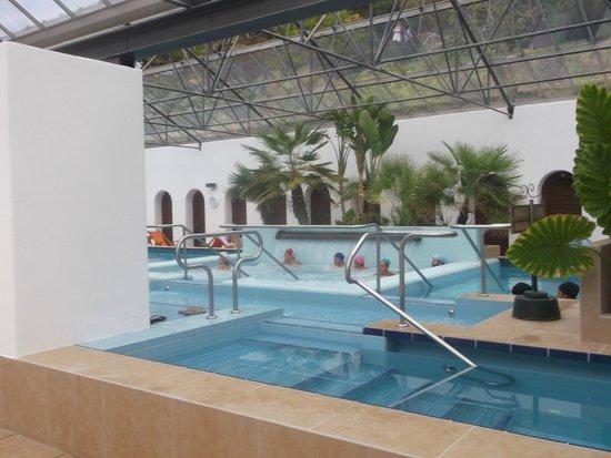 Giardini Poseidon Terme : piscina coperta