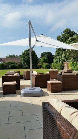 Hilton Avisford Park: The patio area