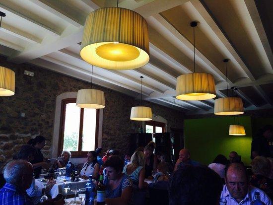 Moli de Xim: Interior del restaurante