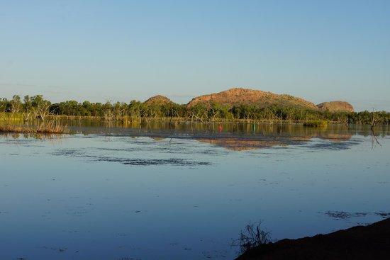 Kimberleyland Waterfront Holiday Park: Sleeping Buddha glowing in the evening sun