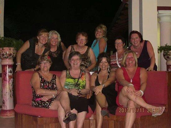 Memories Paraiso Beach Resort: notre gang du sud  nous en somme a notre 3 ieme voyage au memories encors cette anne le 8 nov 20