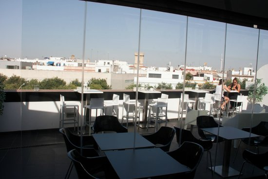 PV-Holidays Residence Patio de la Alameda : Rooftop Breakfast