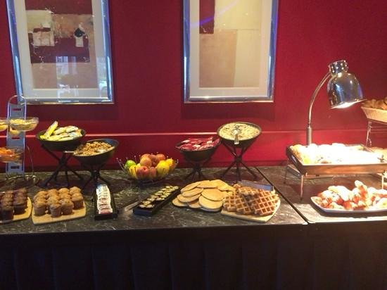 Crowne Plaza  Liverpool City Centre: le petit dejeuner