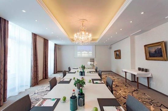 Hotel Schweizerhof Luzern: Salon 2