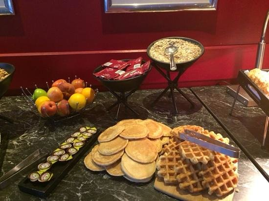 Crowne Plaza  Liverpool City Centre: petit dejeuner