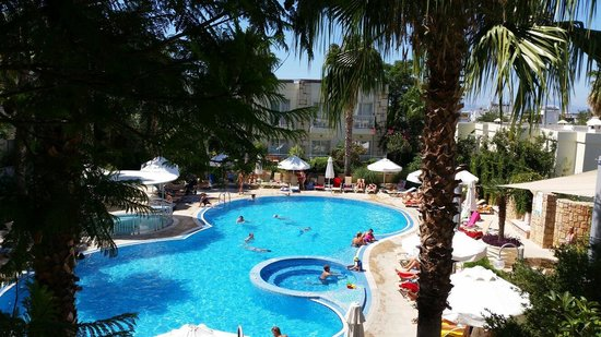 Mandarin Resort : Piscine
