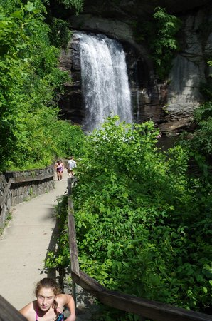 Looking Glass falls and stairs access to the bottom.