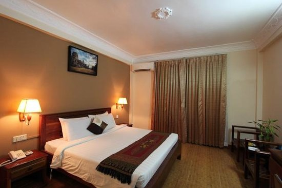 Angkor Pearl Hotel: Spacious room