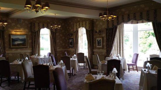 Inn on the Lake: Dining Room