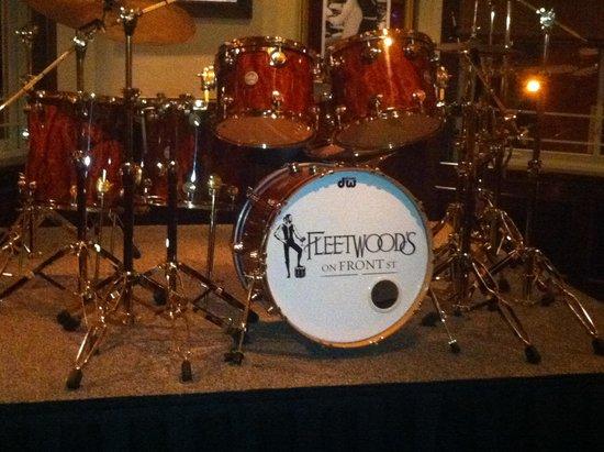Fleetwood's on Front St: Fleetwood's Drum Set
