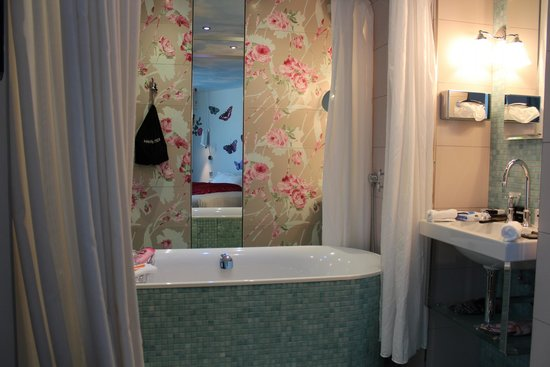 Hotel Vice Versa: Bathroom