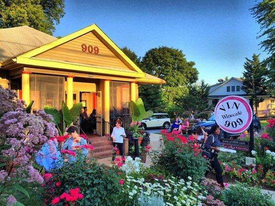 Vin 909 Winecafe Annapolis Menu Prices Restaurant Reviews Tripadvisor