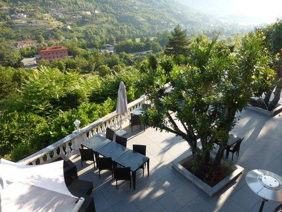 L'Auberge Provencale : view