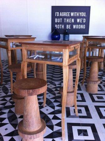 H10 Vintage Salou: bar area