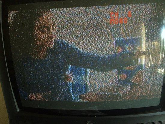 Intown Suites Piedmont: The tv in the room