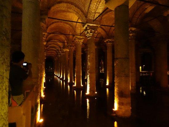 Citerne Basilique (Yerebatan Sarnıcı) : 地下宮殿