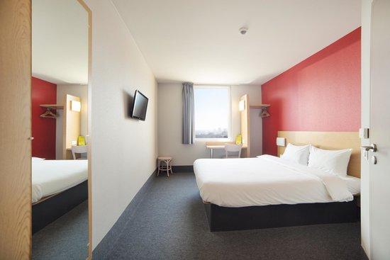 Hotel B&B Wroclaw Centrum: Pokój standard