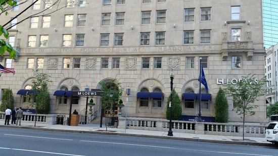 Loews Boston Hotel: Front of Hotel