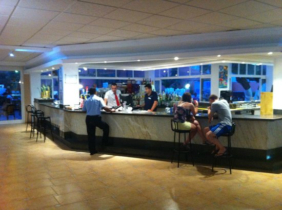 Hotel Best Cap Salou: Bar piscina