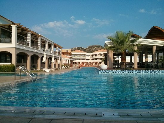 La Marquise Luxury Resort Complex : La Marquise Pool