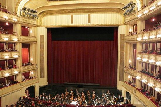 Staatsoper: O grande salão