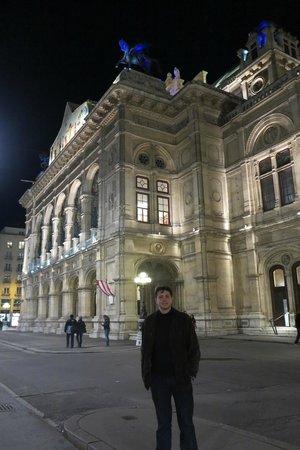 Staatsoper: Fachada da State Opera