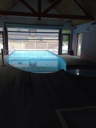 Domaine Du Val De Roland : Pool area