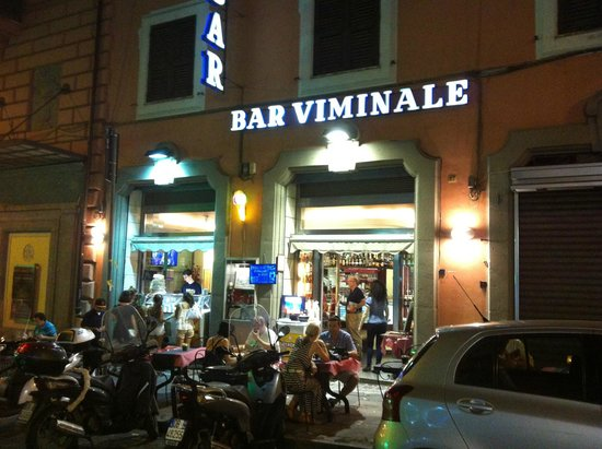 Bar Viminale: Front of the building